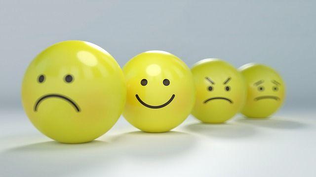 caras-con-diferentes-emociones