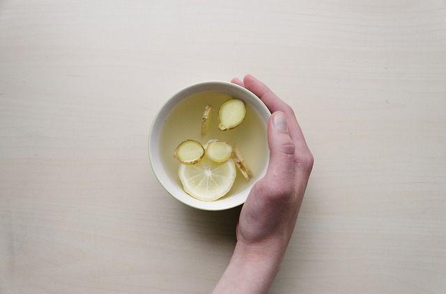 té-de-jengibre-con-limón